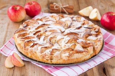 Шарлотка с яблоками (рецепт и вкусные фото)